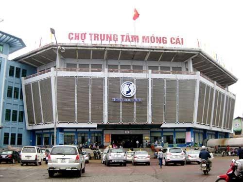 Chợ cửa khẩu Móng Cái Quảng Ninh